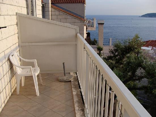 Paradis Apartments: Gran terraza