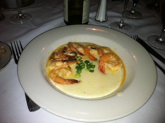 The Pelican Club: Shrimp and grits (sorry about the lighting)
