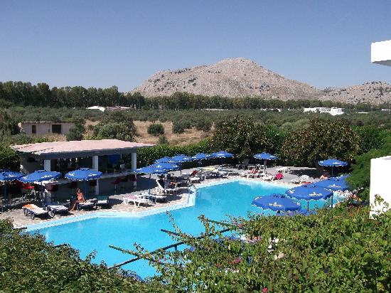 Loutanis Hotel: The pool and beautiful views!!