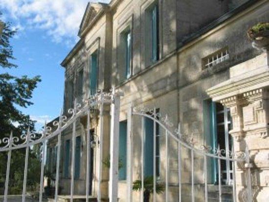 Chateau Rousselle: Petit déjeuné dans le Château