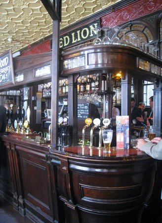 Red Lion: Great atmosphere