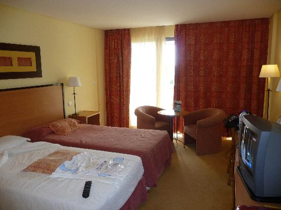 Sao Miguel Park Hotel: Hotel room