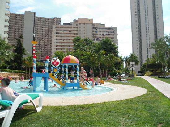 Gemelos XXII Apartments: kids pool area
