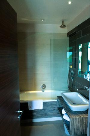 Hotel Bosco: Bathroom with grohe fittings
