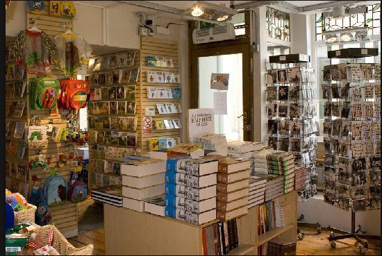 The Angel Bookshop: Inside the Angel Bookshoop