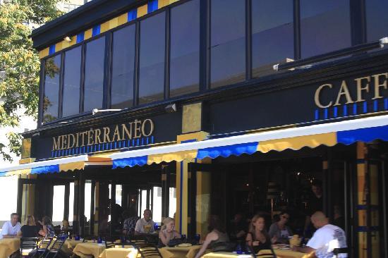 Mediterraneo Restaurant, Outdoor Dining