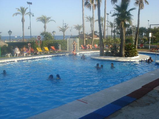 Hotel Sol Principe: Piscina Frente al Mar