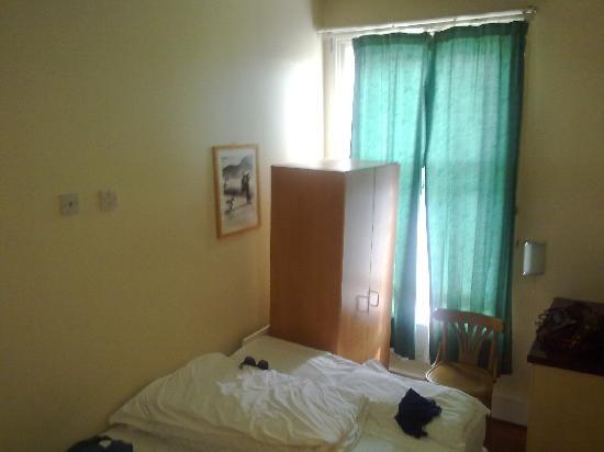 Central Park Hotel@Finsbury Park: Room