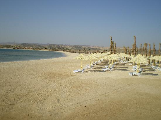 Hilton Marsa Alam Nubian Resort: Private Beach on Abu Dabab
