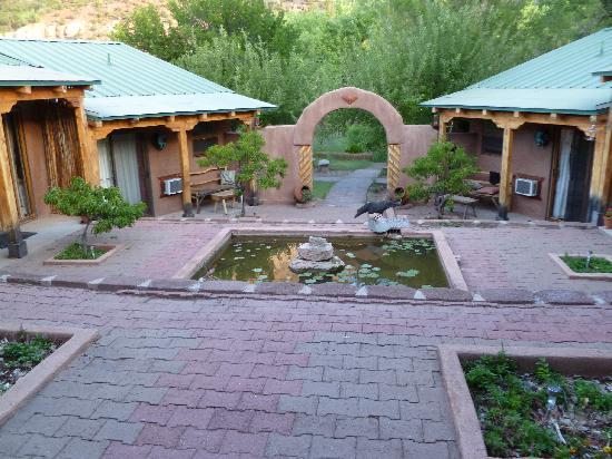 Canon del Rio Retreat & Spa: courtyard