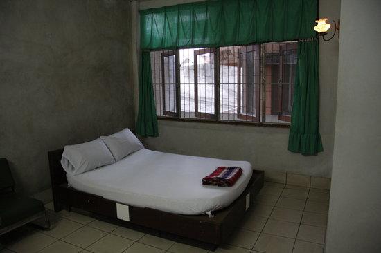 Thai Lee Hotel: room 2
