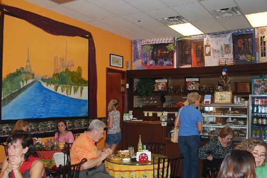Paris Bakery & Cafe: indoor