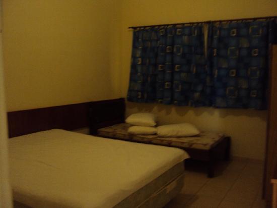 """7.-Barra Da Lagoa- """"Pousada Recanto Da Barra"""":  dormitorio triple"""