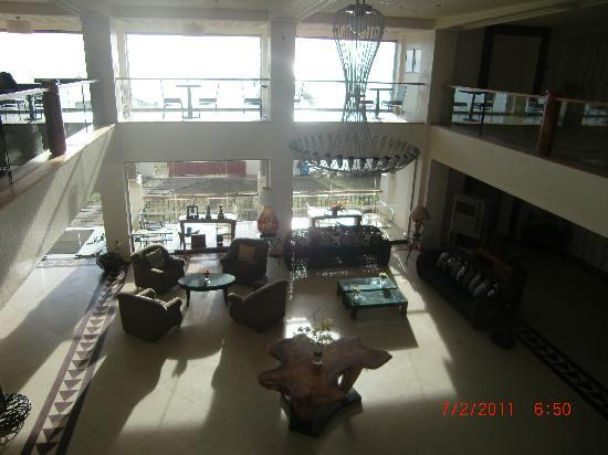 Hotel Tavern: the lobby