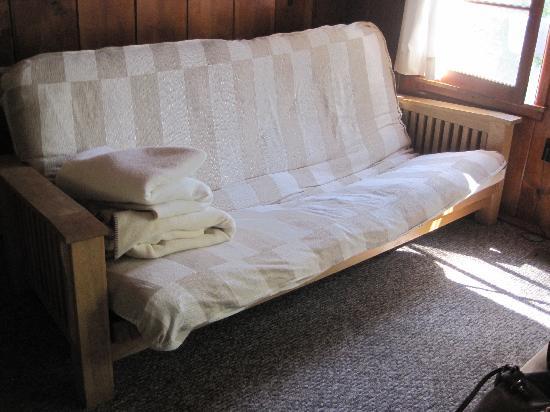 Kelly's Resort on Lake Chelan: bed #2
