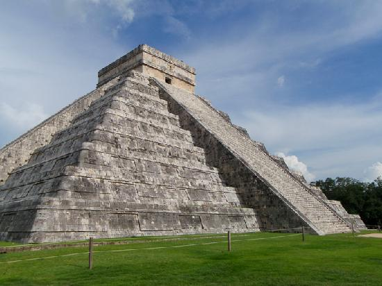 Charlie Drew Cancun Tours and Activities: Chichen Itza