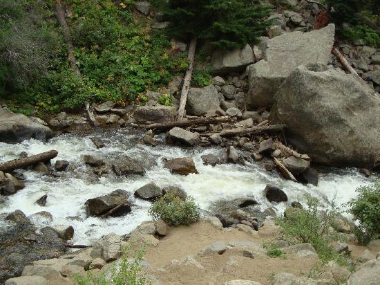 Boulder Falls: River from the falls