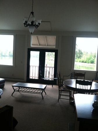 Inn at Skamokawa Landing: one of the beautiful rooms