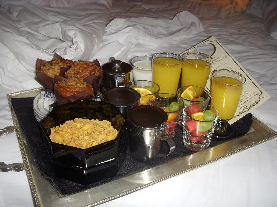 Adobe Inn: this was delivered to our room and it was delicious