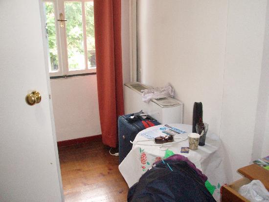 Hotel Fivos: habitacion doble Bº privado