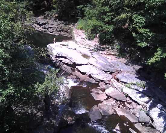 Nay Aug Park: River gorge from the covered bridge