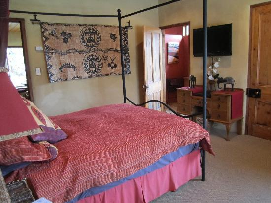 Tussock Cottage: bedroom