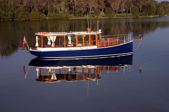 Aquality  Cruises