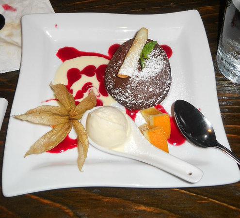 Hapa Izakaya Kitsilano : Cake