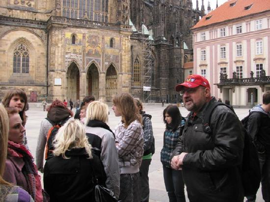 Euroways Tours Prague: With a School class in the castle