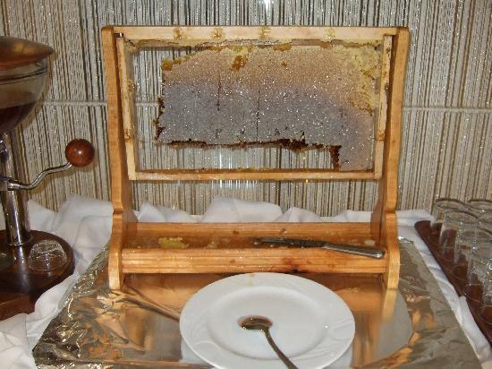 Hotel Mavi Surmeli: 蜂の巣つき蜂蜜