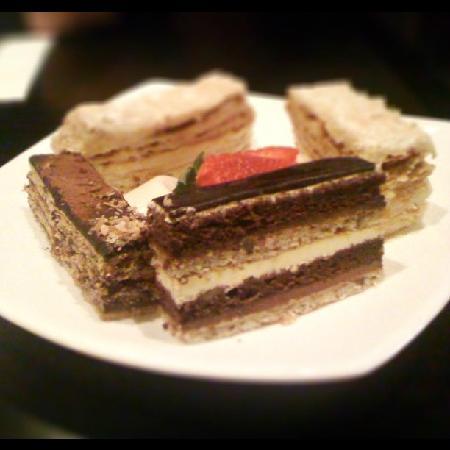 Graceland Cafe Restaurant: Dessert Platter
