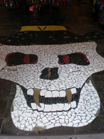 New Orleans, LA: pavimento di un negozio....