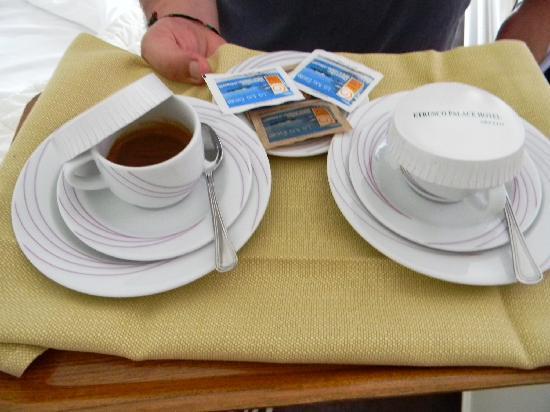 Etrusco Arezzo Hotel: il caffè in camera