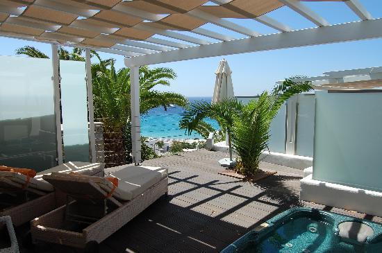 Myconian Ambassador Hotel & Thalasso Spa Center: Room's balcony view