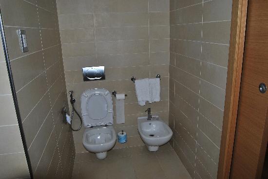 Hotel Royal Caserta: bagno