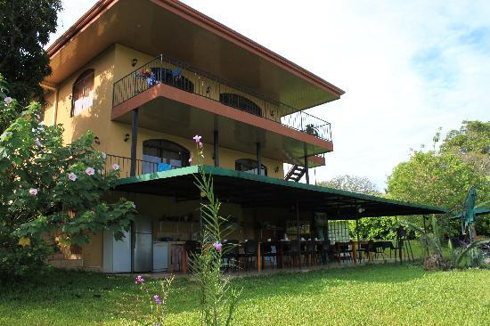 Vista Linda Montana: Hotel mit Frühstücks/Abendessen-Veranda