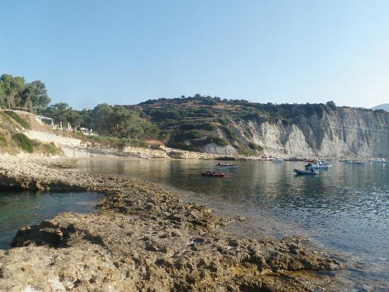 Panas Hotel: der Strand
