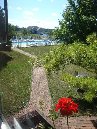 Settlement Courtyard Inn & Lavender Spa: view from window of room