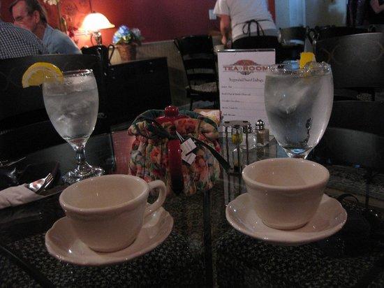Molly's Tea Room: Our tea.