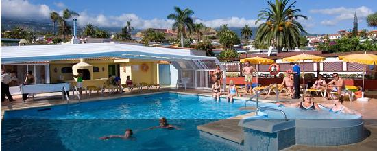 Hotel Perla Tenerife: the swimming pool