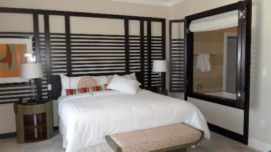 Hyatt Residence Club Sarasota, Siesta Key Beach: Master bedroom