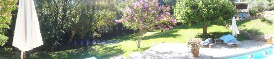 La Bruissanne: garden