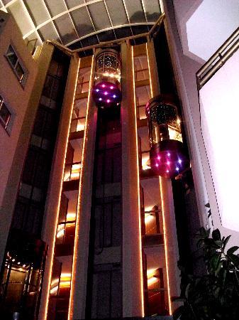 Hotel Florida Park: Diese hammer Aufzüge!