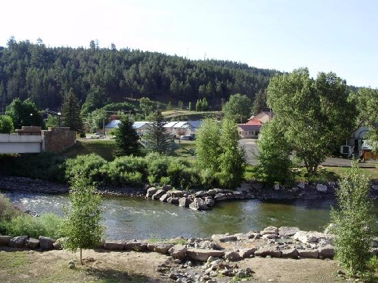 Healing Waters Resort & Spa: View of Healing Waters from across the river