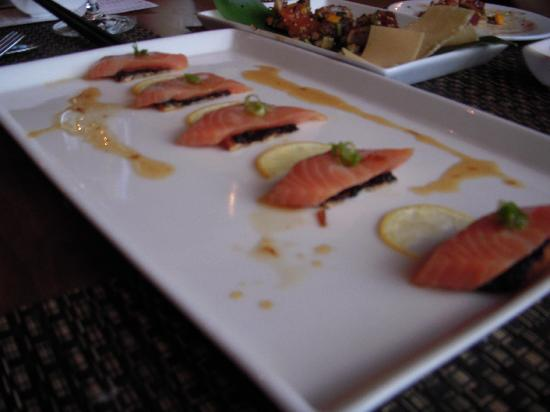 Whitebark Restaurant, Bar & Lounge: Scottish Salmon from sushi menu