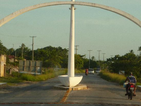 Baia da Traicao, PB: l'entrée du village de Baïa da Traïçào .
