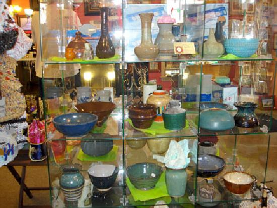 deLyn's Gallery: Pottery