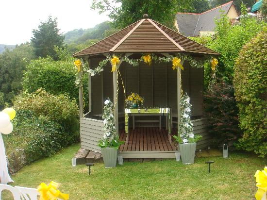 The Elmfield: The gazebo in the Hotel grounds where we were married