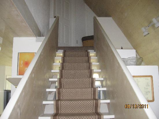 Pyramids in Florida: stairway upstairs