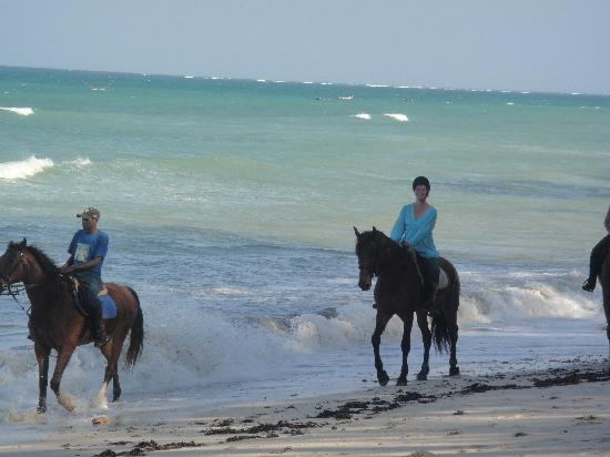 Kinondo Kwetu: riding down the beach!